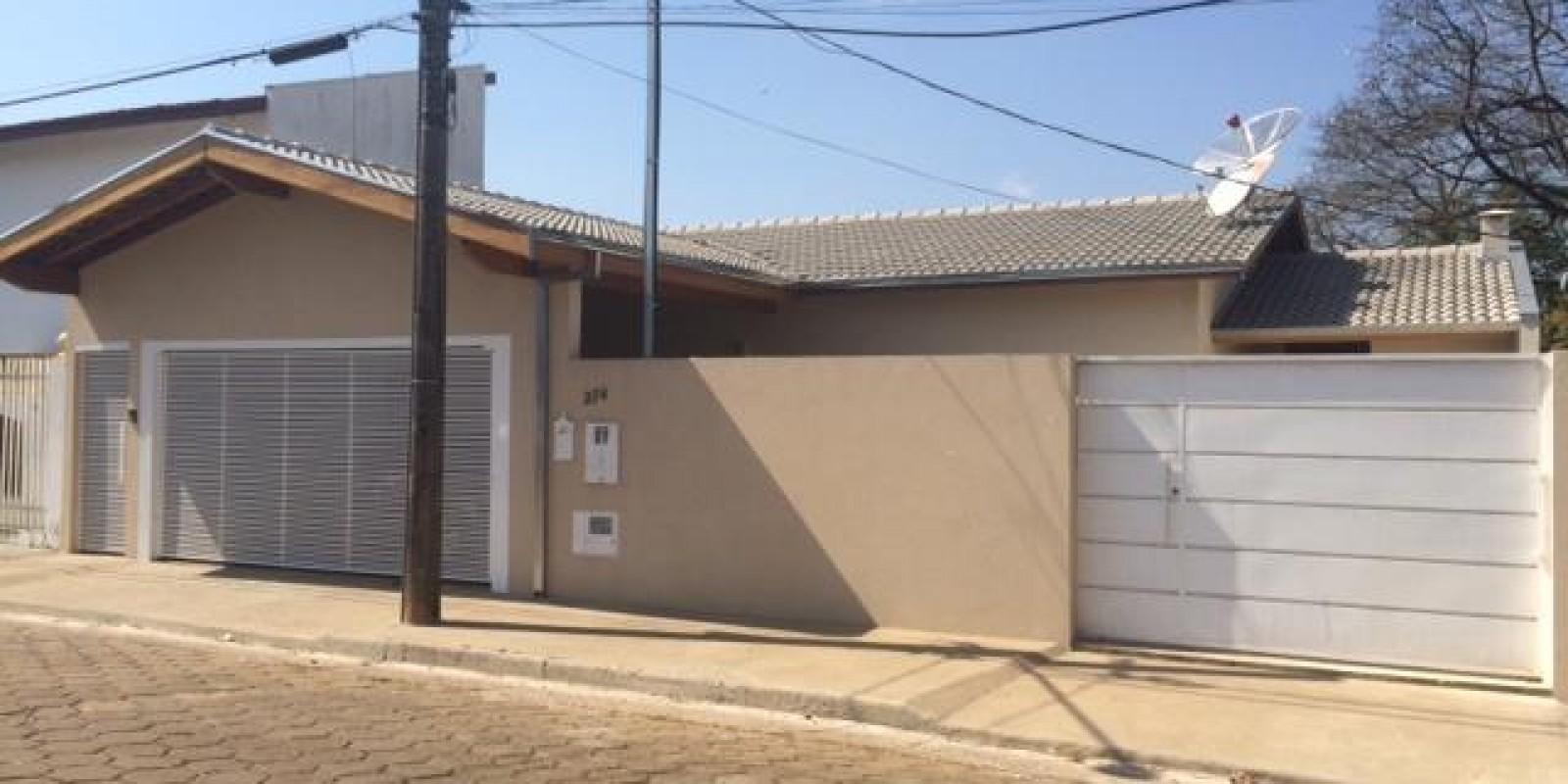 Casa no Bairro Água Branca em Avaré Sp - Foto 1 de 10