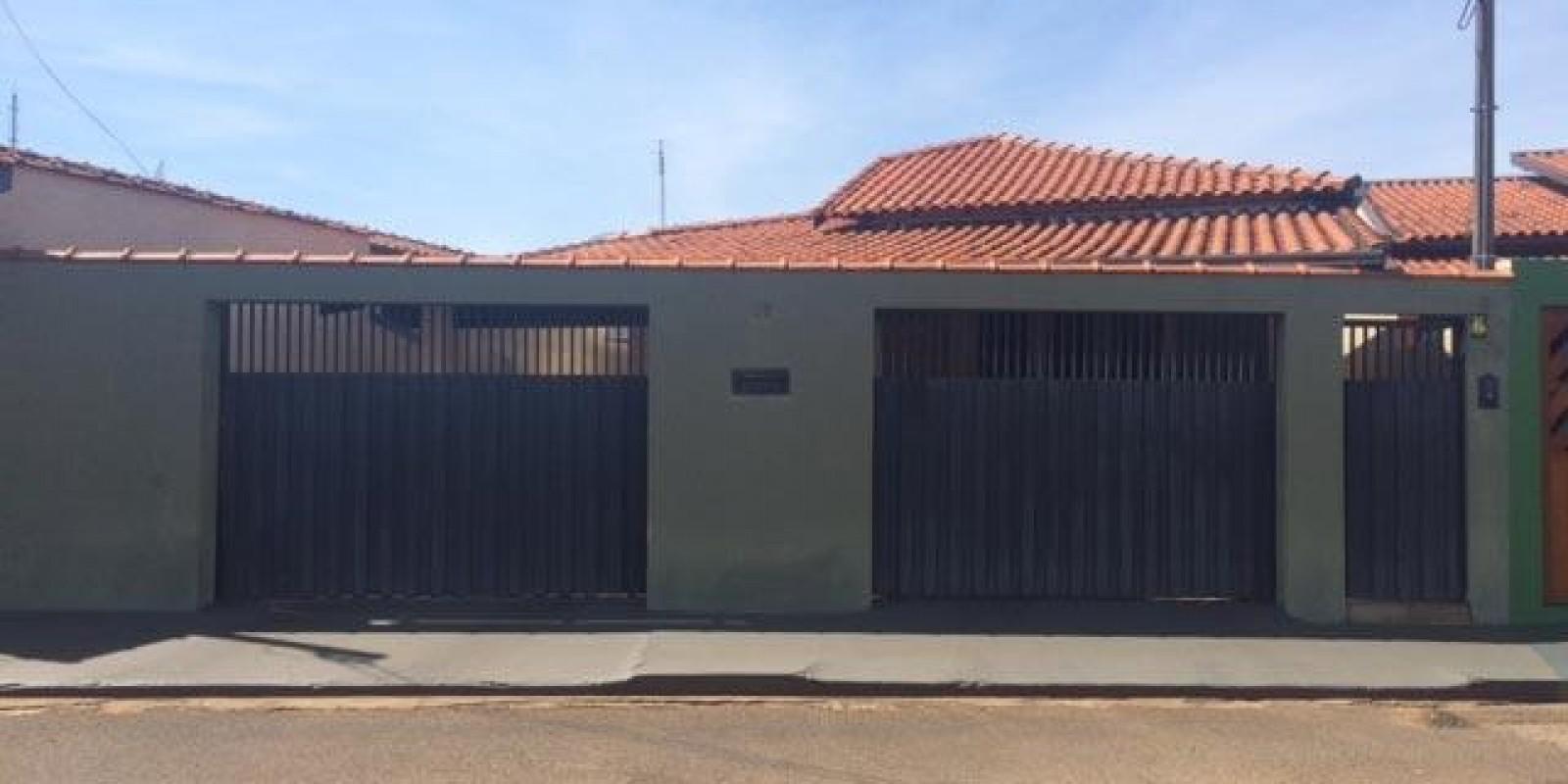 Casa no Centro de Cerqueira Cesar SP