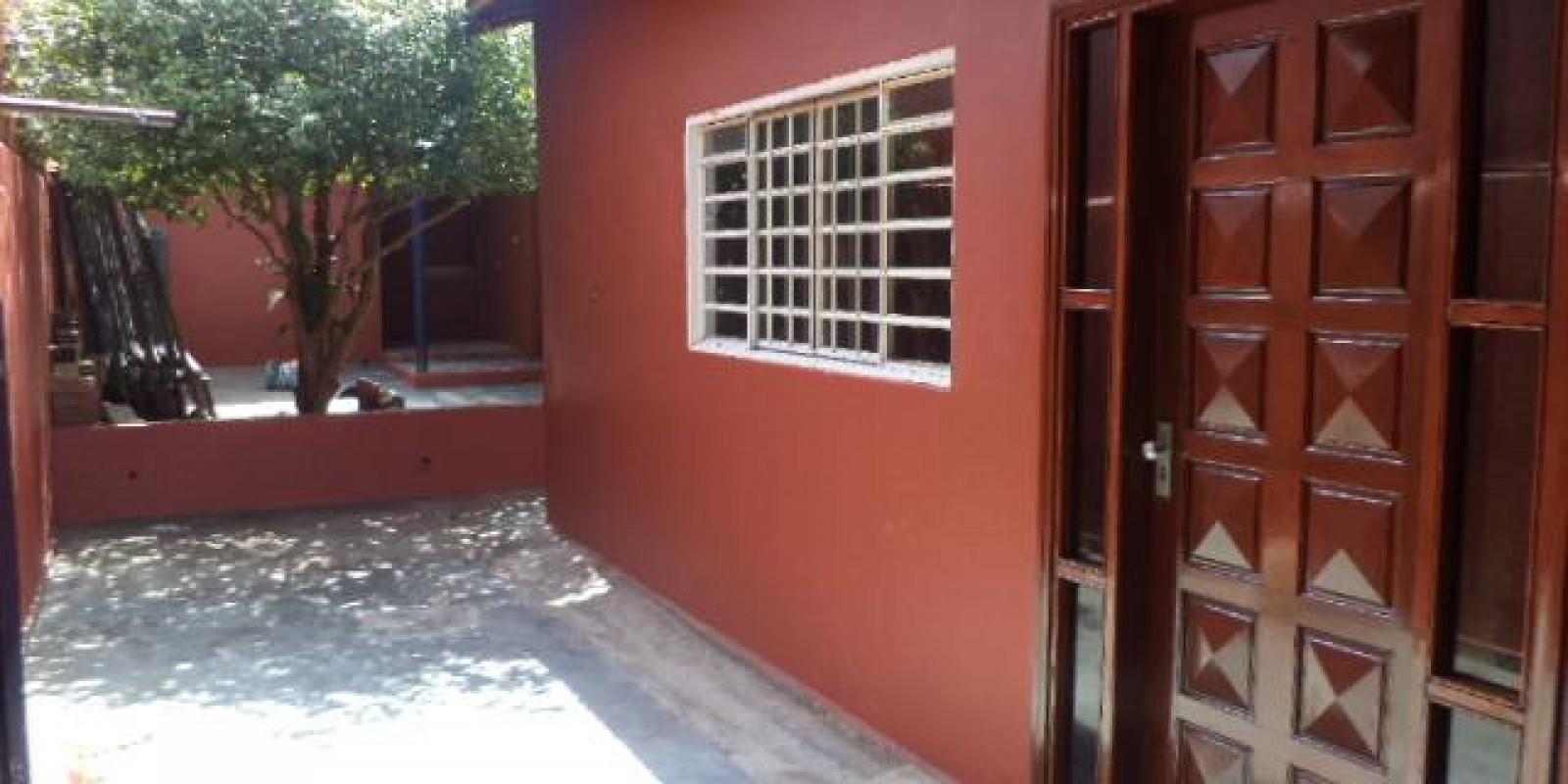 Casa Residencial e Comercial no Bairro Vila Martins III em Avaré SP - Foto 3 de 14