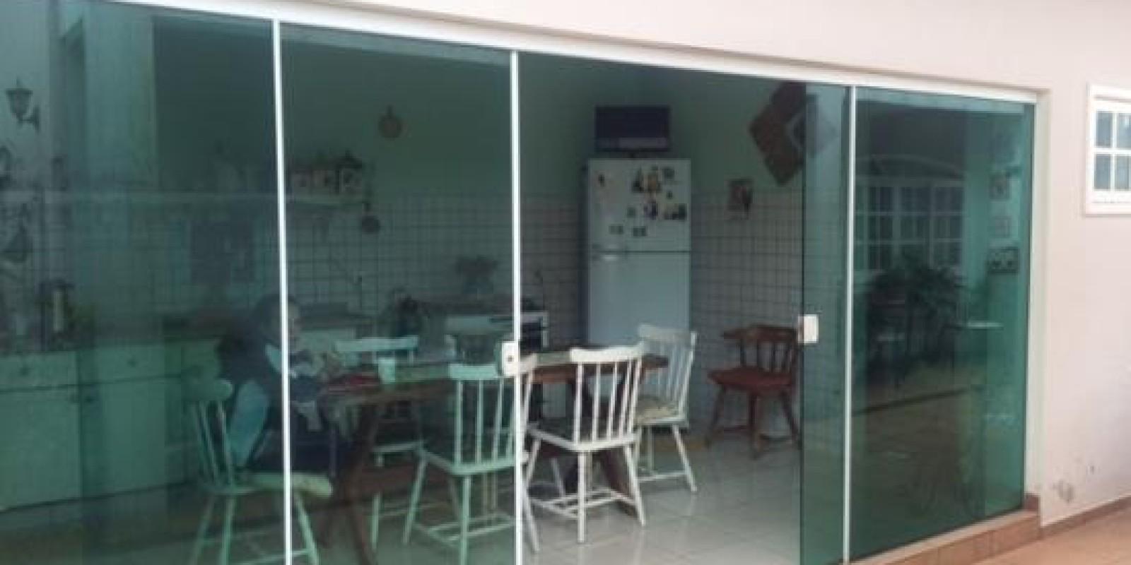 Lindo Sobrado no Bairro São Luiz em Avaré SP - Foto 18 de 20
