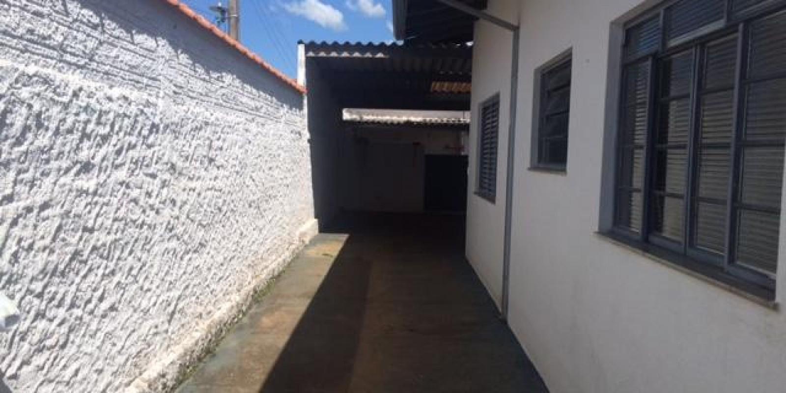 Casa no Centro de Avaré SP - Foto 2 de 12