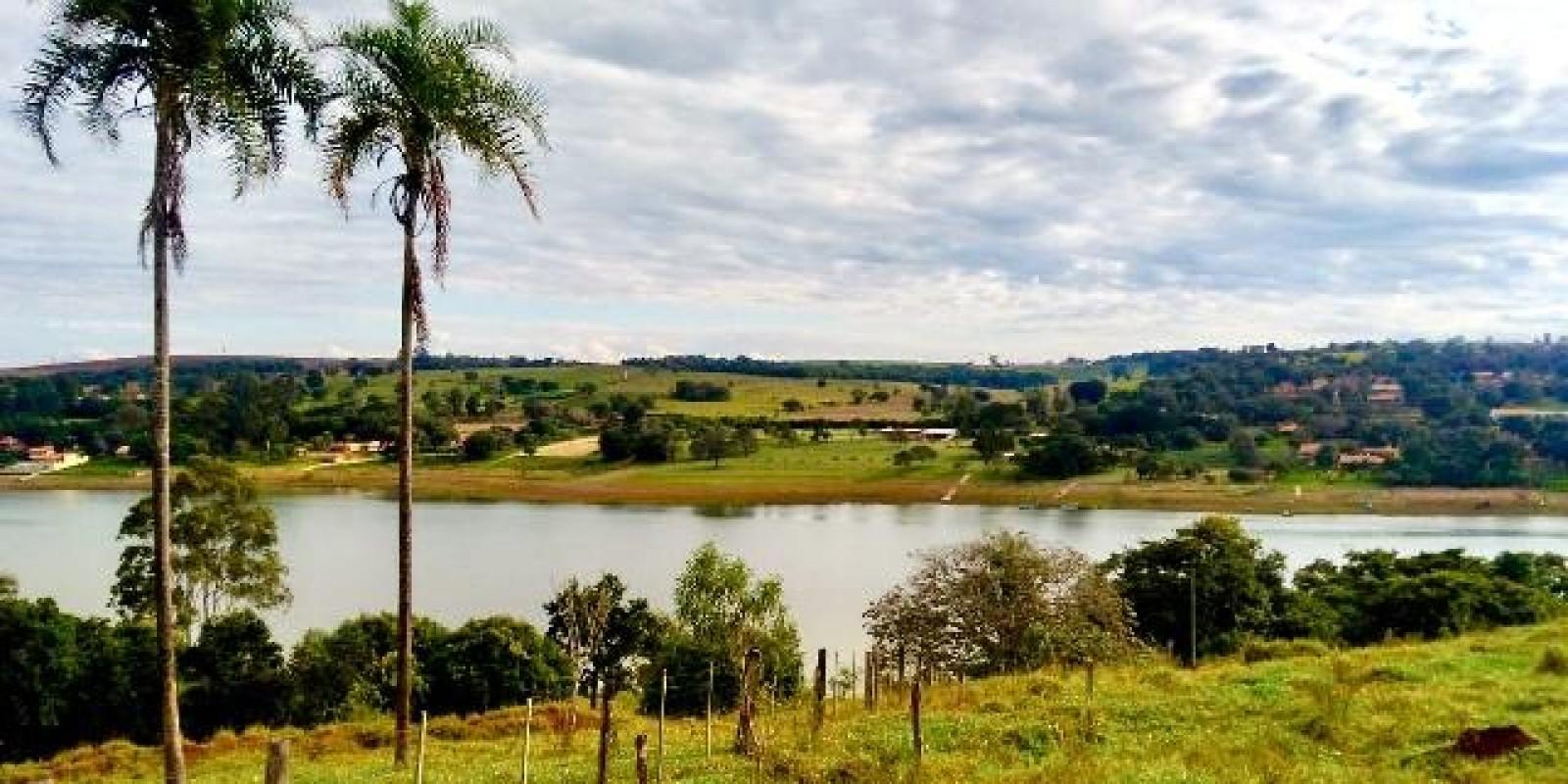 Sítio de 7.1 Alqueires em Arandu SP