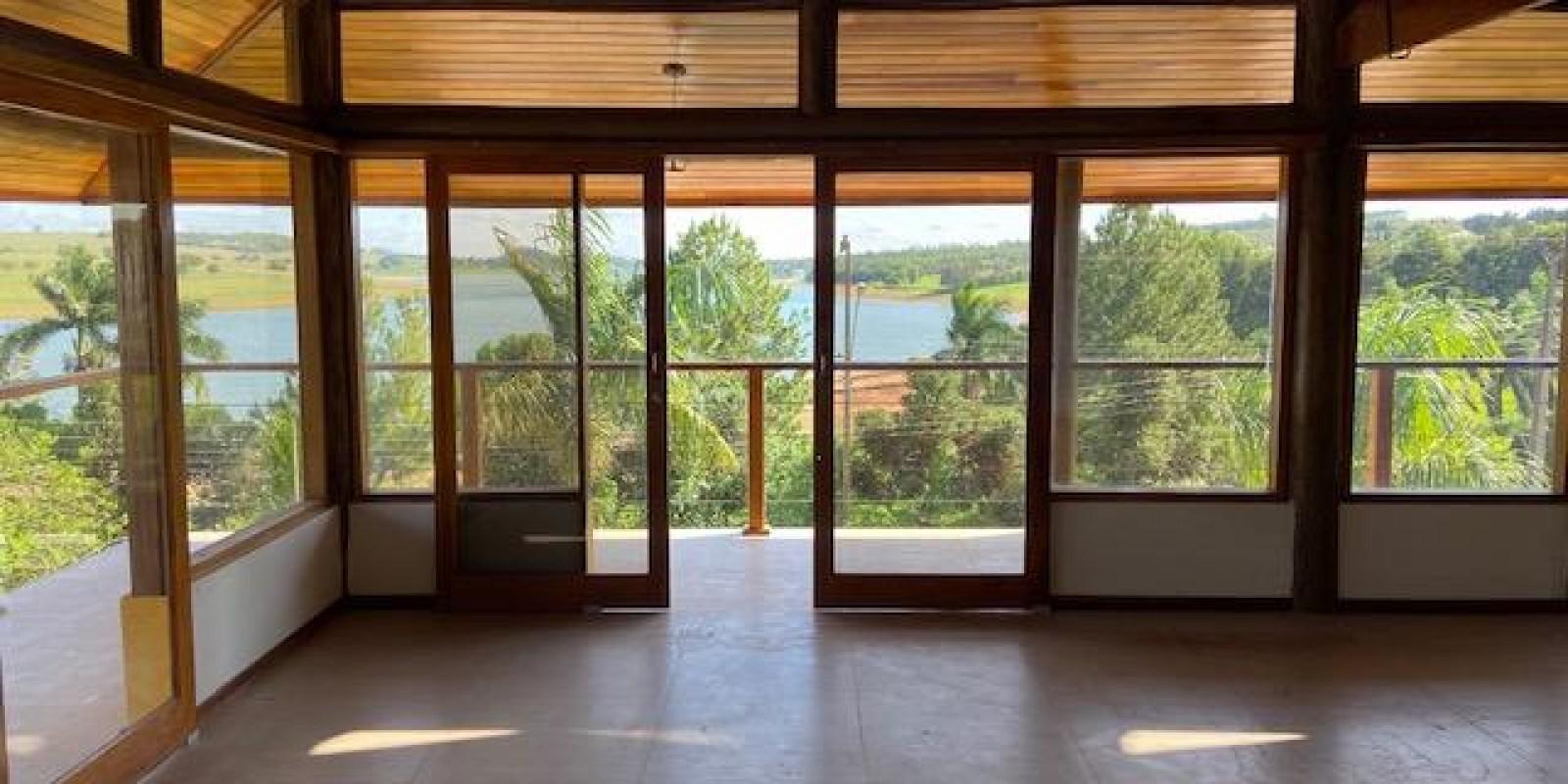 Casa na Represa no Condomínio Estribo em Avaré SP - Foto 10 de 21