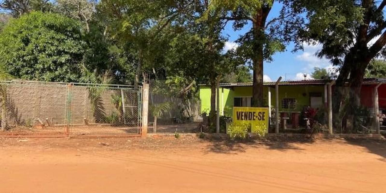 Casa e Comércio na Represa do Costa Azul em Avaré SP