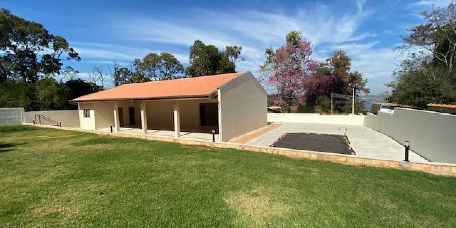 Casa na Represa no Condomínio Cambarás em Avaré SP