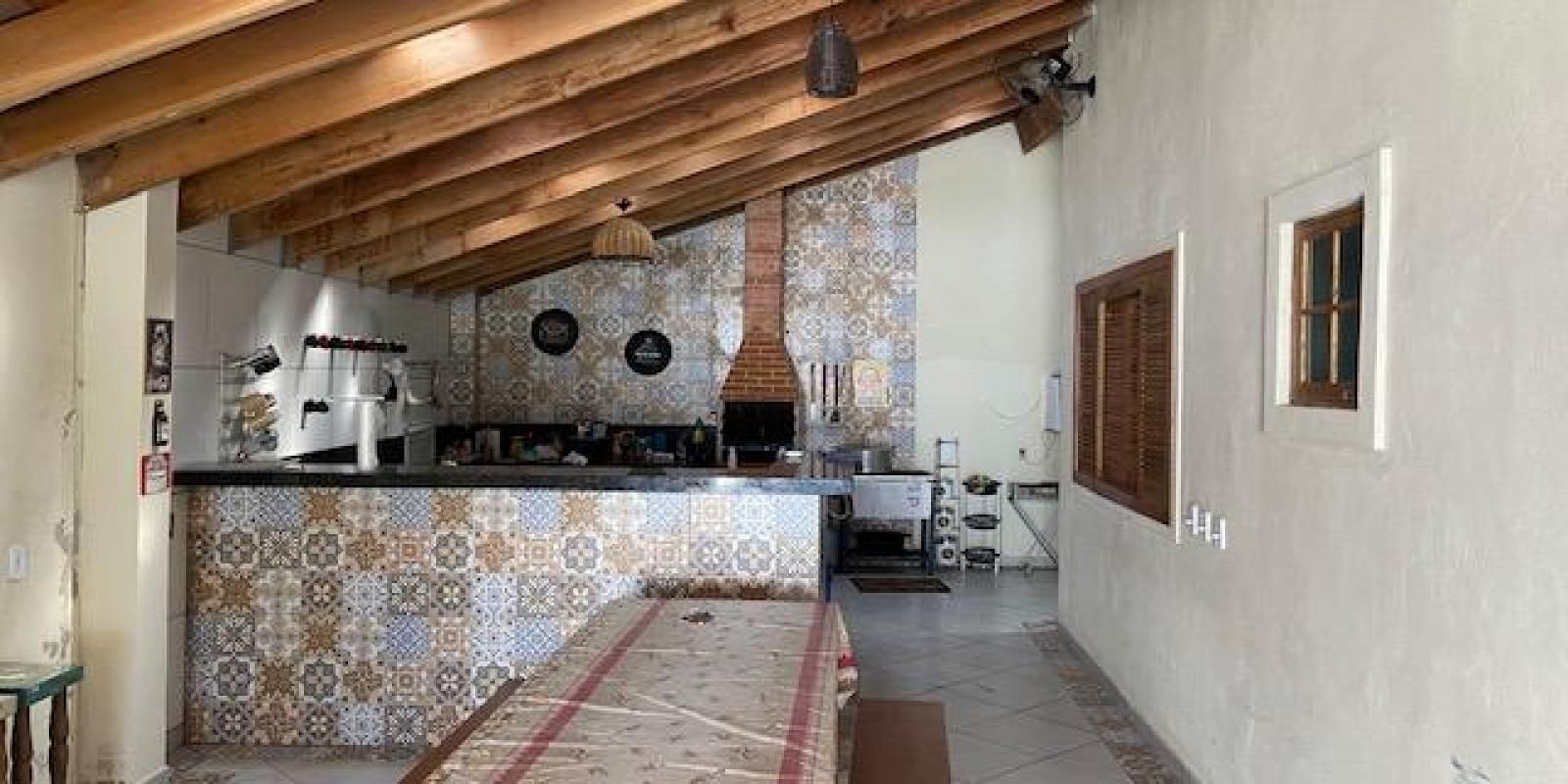 Casa na Represa no Condomínio Chale da Prainha em Avaré SP  - Foto 1 de 20