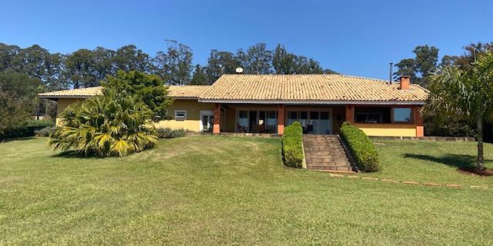 Casa na Represa no Condomínio Parque Náutico em Avaré SP  - Foto 12 de 57