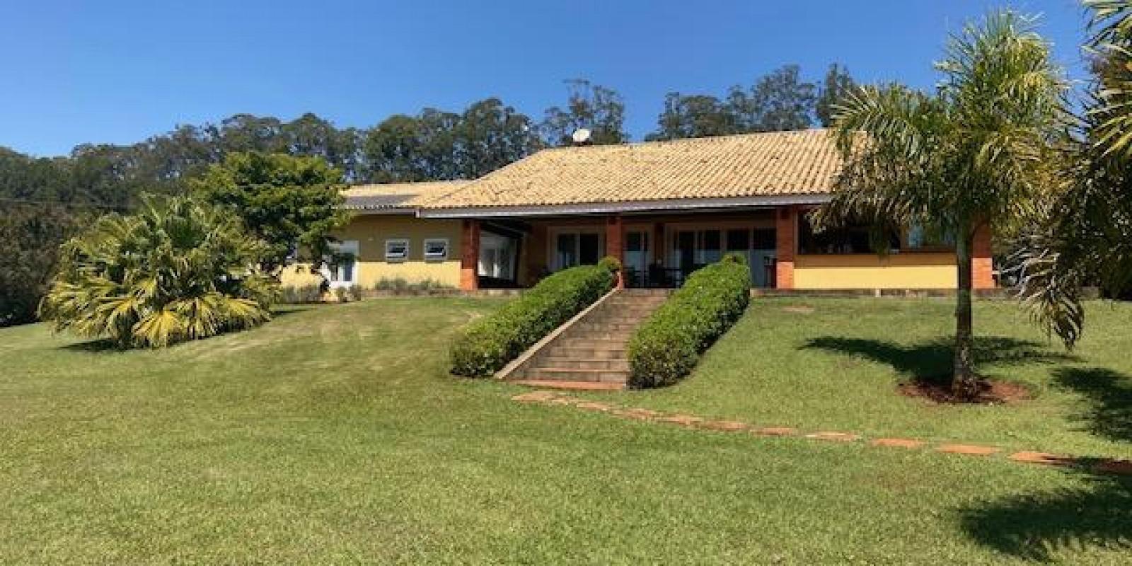 Casa na Represa no Condomínio Parque Náutico em Avaré SP  - Foto 14 de 57