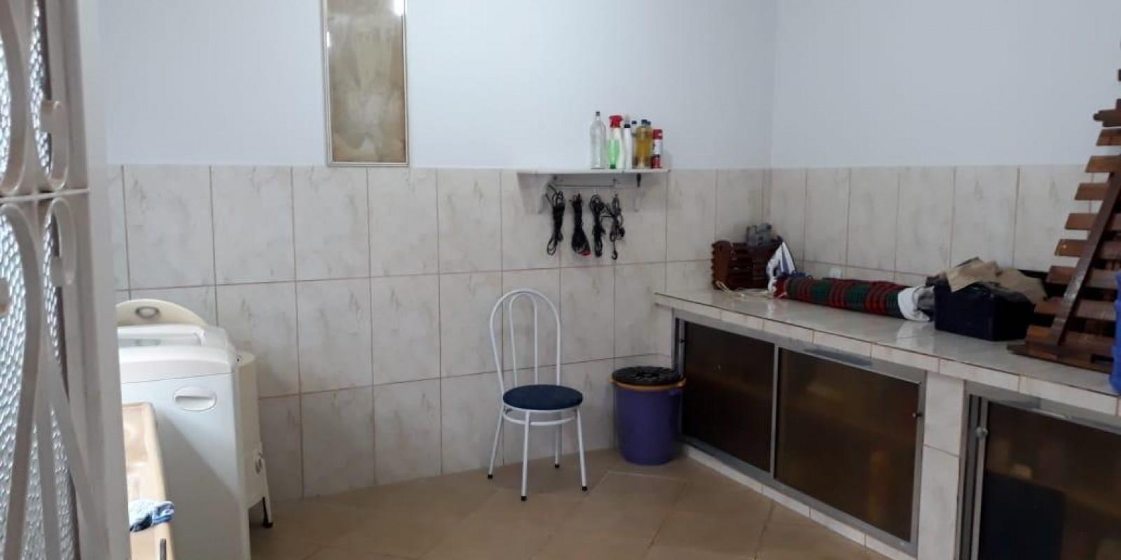 Casa no Centro de Taquarituba SP - Foto 11 de 19
