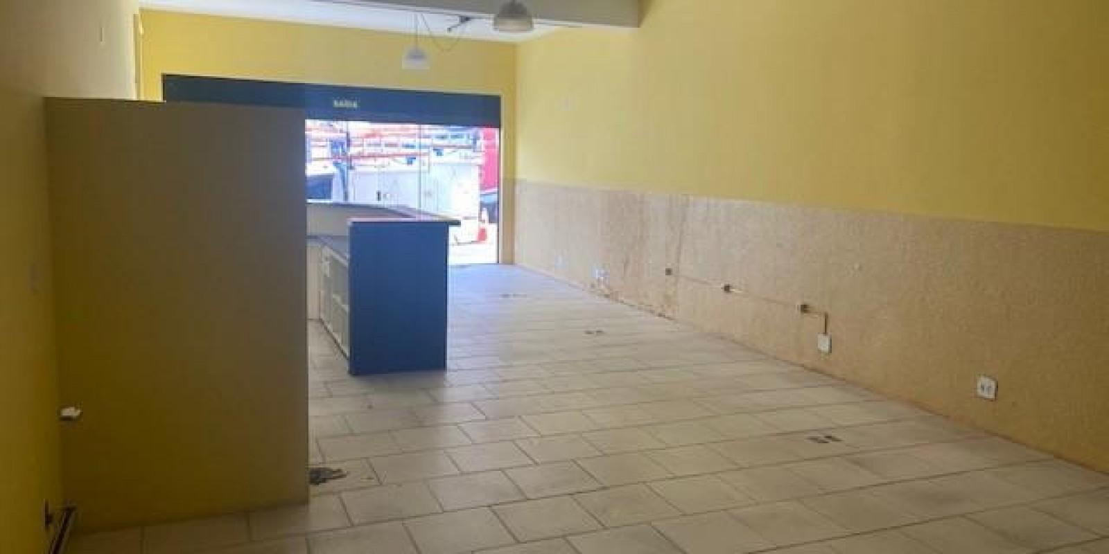 Aluguel de Ponto Comercial no Centro de Avaré SP - Foto 7 de 10