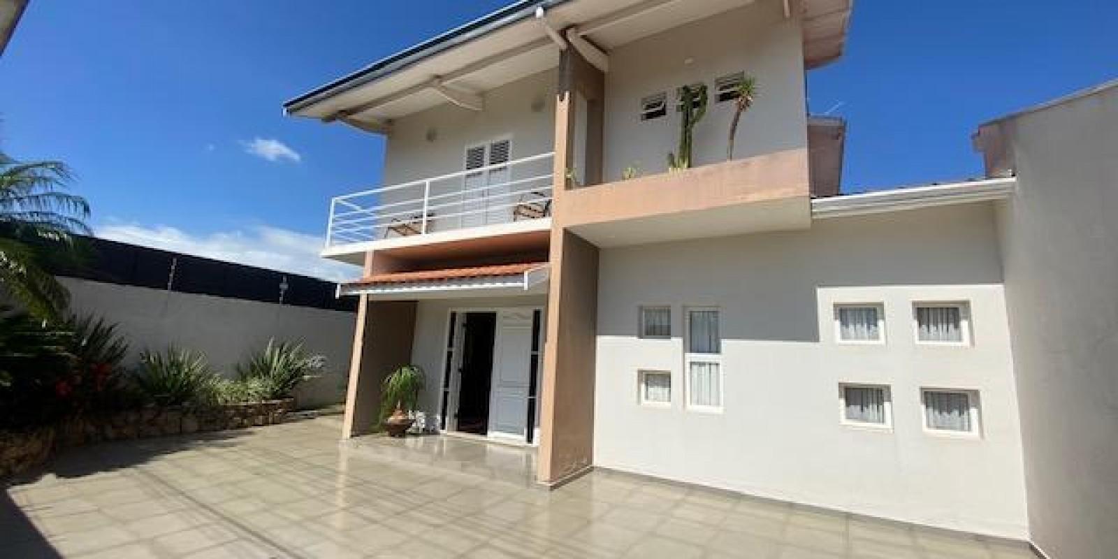 Casa Conjugada com Sobrado no Jd Boa Vista em Avaré SP - Foto 20 de 35
