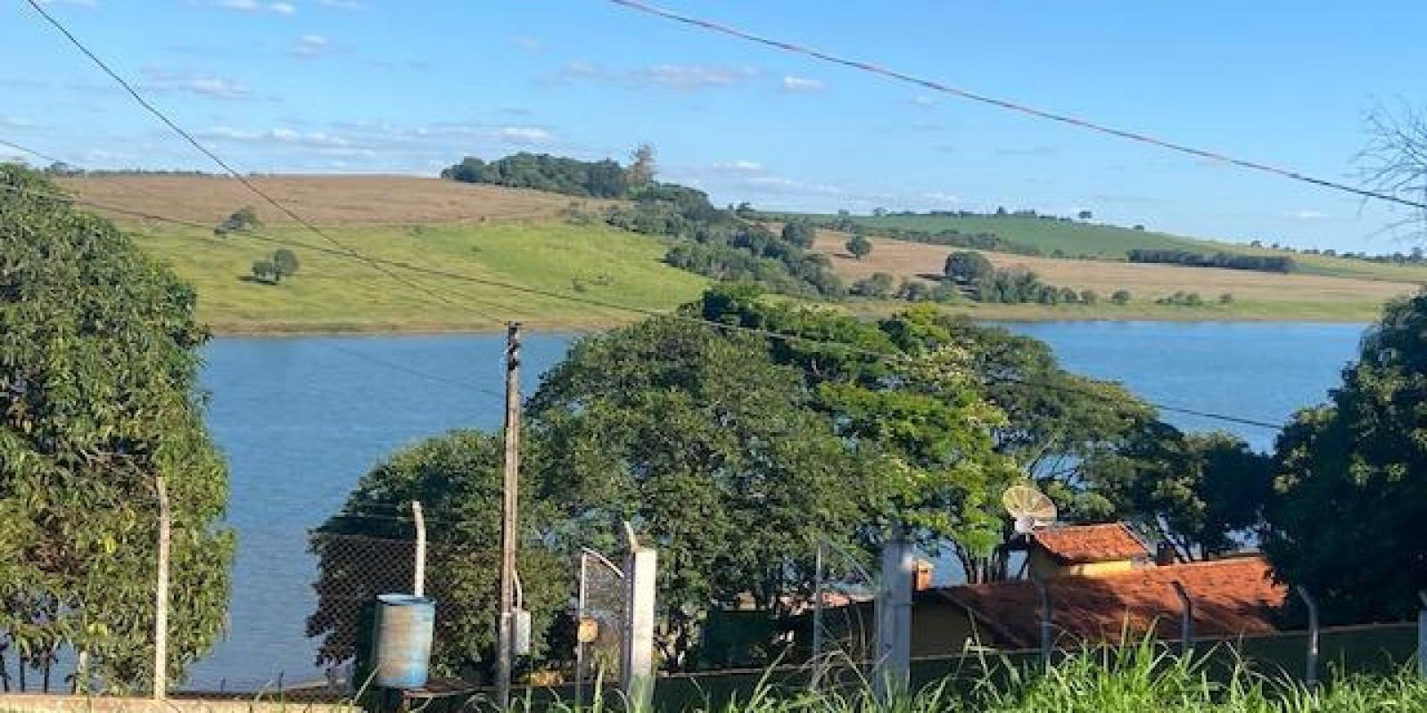 Terreno a Venda na Represa Cond Portal do Catavento em Arandu SP - Foto 3 de 9